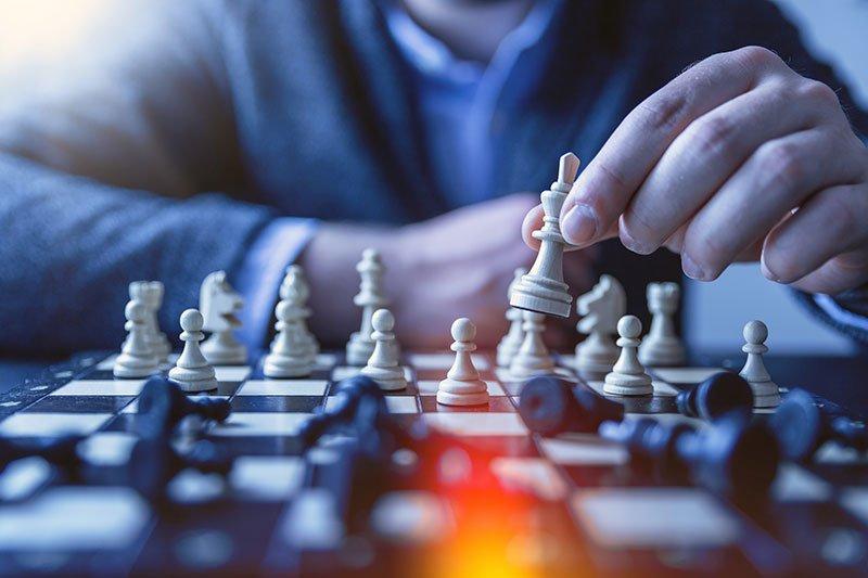 Studia i tuoi competitors e avvia il business online