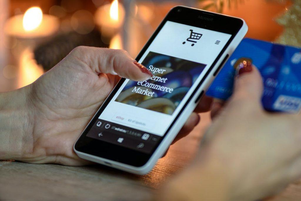 Social media ecommerce strategy